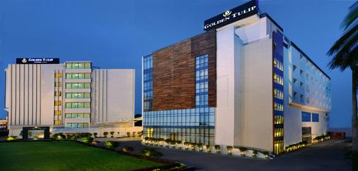 Golden Tulip Lucknow - Lucknow - Building