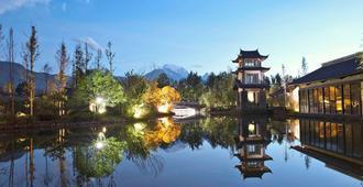 Pullman Lijiang Resort And Spa - Lijiang - Building