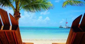 Ramon's Village Resort - San Pedro Town - Bãi biển