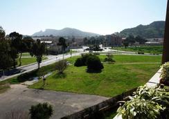 Elia's - Cagliari - Θέα στην ύπαιθρο