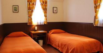 週末沙福爾旅館 - 富士河口湖町 - 臥室