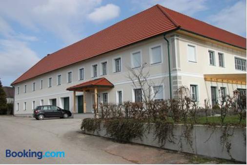 Pension Merkinger - Behamberg - Building