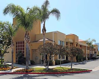 Extended Stay America - Orange County - Irvine Spectrum - Irvine - Bina
