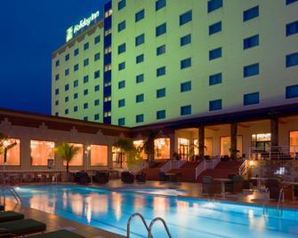 Holiday Inn Accra Airport - Accra - Gebouw