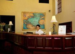 Boutique Hotel Palacio - Santo Domingo - Front desk