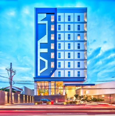 Hotel 88 Kedungsari - Surabaya - Building