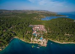 Gava Waterman Milna Resort - Milna (Brač) - Außenansicht