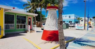 The Beacon Beachfront Bed And Breakfast - Fort Myers Beach - Außenansicht