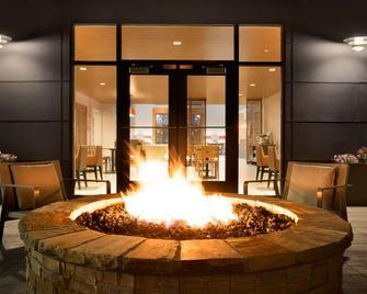 Country Inn & Suites Asheville Westgate - Asheville - Patio