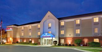 Candlewood Suites Rockford - Rockford