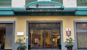 Best Western Plus City Hotel - Γένοβα - Κτίριο