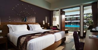 Sun Island Hotel & Spa Kuta - Kuta - Bedroom