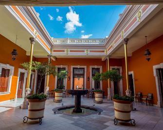 Hotel Hidalgo 1905 - Zamora