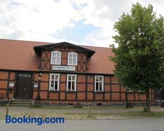 Landgasthaus & Pension Liebner - Pritzwalk - Building