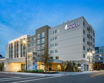 Hotel Indigo Gainesville-Celebration Pointe - Гейнсвіль - Building