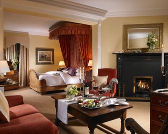 Dunraven Arms Hotel - Adare - Спальня