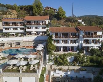 Magic Hotel - Platanias - Gebouw