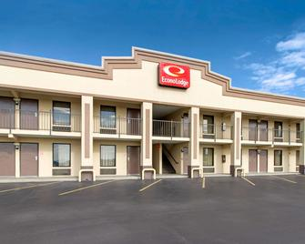 Econo Lodge - Lenoir City - Building