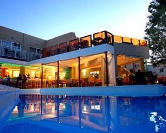 Nefeli Hotel - Rethimno - Pool
