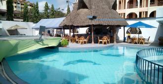 Lambada Holiday Resort - Mombasa - Pool