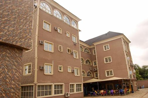 D1 Hotel And Suites - Badagry - Building