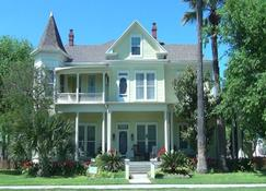 Angel Rose Bed And Breakfast - Rockport - Building