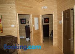 The Country Inn Cottage - Gander - Living room