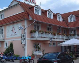Hotel Rittinger - Bonyhád - Building