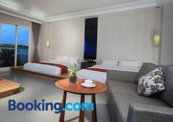 Spring Fountain Hotel - Yilan City - Bedroom
