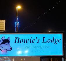 Bowies Lodge