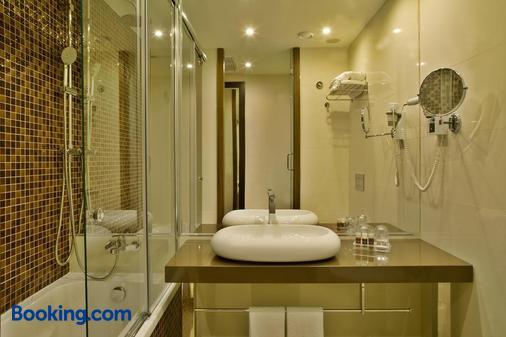 Turim Av Liberdade Hotel - Lisboa - Casa de banho