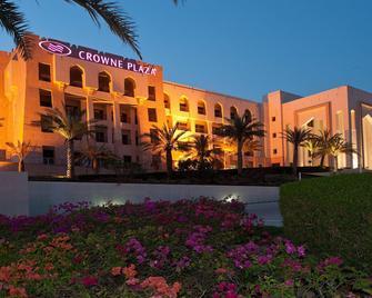 Crowne Plaza Sohar - Sohar - Building