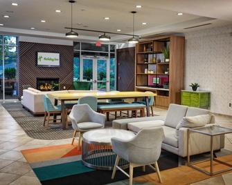 Holiday Inn Statesboro-University Area - Statesboro - Lounge