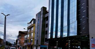Polo Corporativo San Sebastian - Cusco