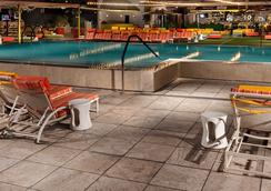 Downtown Grand Las Vegas - Las Vegas - Piscina