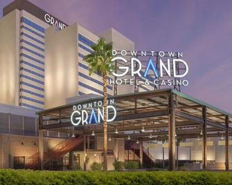 Downtown Grand Hotel & Casino - Las Vegas - Building