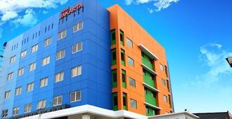 Hotel Jakarta - Makassar