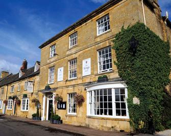 The Kings Hotel - Chipping Campden - Building