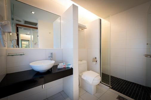 Hotel Sentral Pudu - Kuala Lumpur - Bathroom