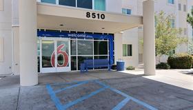 Motel 6 Albuquerque North - Alburquerque - Edificio