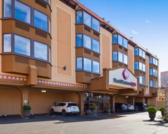 Best Western Plus Seville Plaza Hotel - Kansas City - Edificio