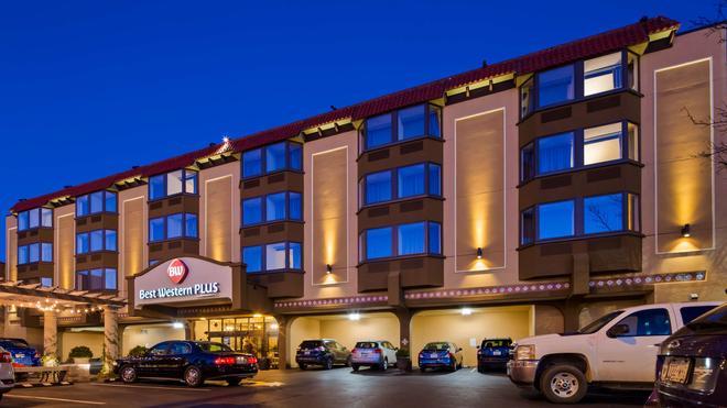 Best Western Plus Seville Plaza Hotel - Κάνσας Σίτυ - Κτίριο