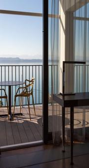 Best Western PREMIER Hotel Beaulac - Neuchâtel - Balcony
