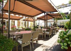 President Hotel - Bonn - Innenhof