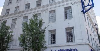 โรงแรมอินดิโก บาตงรูจ ดาวน์ทาวน์ - เบตัน รูส