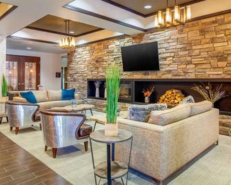Comfort Inn and Suites Brighton Denver NE Medical Center - Brighton - Wohnzimmer