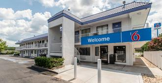 Motel 6 Atlanta Northeast-Norcross - Norcross - Edificio