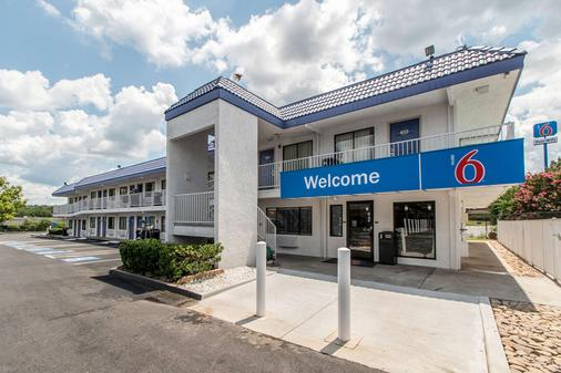 Motel 6 Atlanta Northeast - Norcross - Norcross - Κτίριο