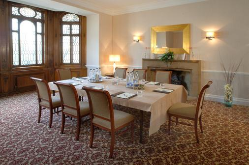 Classic Lodges - The White Swan - Alnwick - Dining room