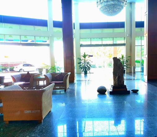 Myat Nan Yone Hotel - Nay Pyi Taw - Lobby